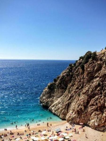 Safe harbor in Turkey: The posh beaches and quiet coves / The Boston Globe